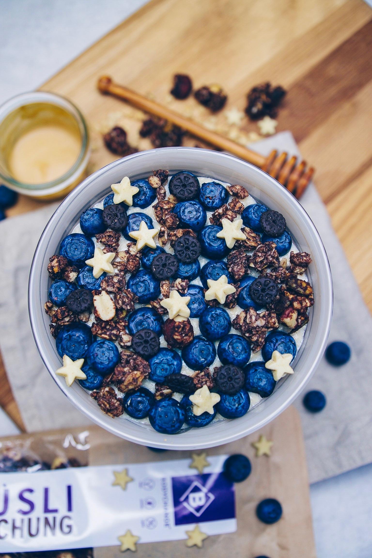 Oatmeal mit Blaubeeren