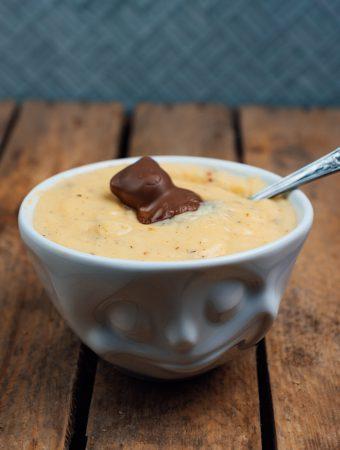 Pudding zuhause machen |Wie man schnellen, leckeren Pudding macht |Rezept für Pudding ohne Sahne