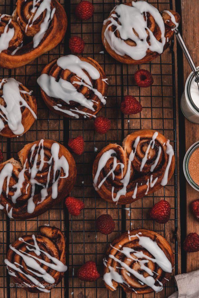 Zimtschnecken wie vom Bäcker - Wie du auch zuhause leckere Zimtschnecken machst